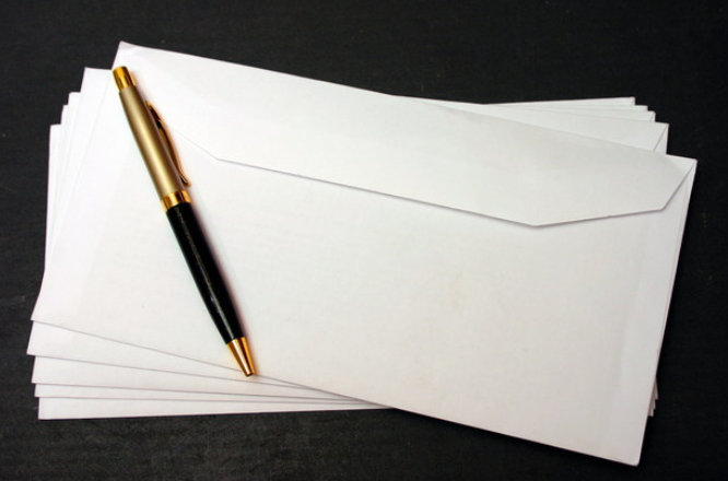 commercial correspondence order letter A business letter you are here in order to get students thinking about business letters in this way, some of the conventional sentence frames which are so common in business letters are 'fed in.